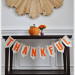 "DIY ""Thankful"" Garland"