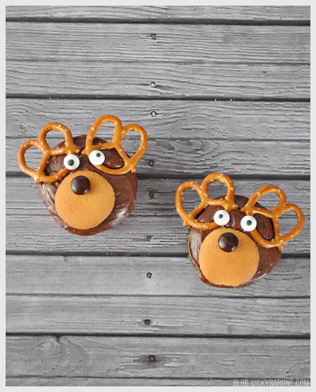 Reindeer Cupcakes | Vicky Barone