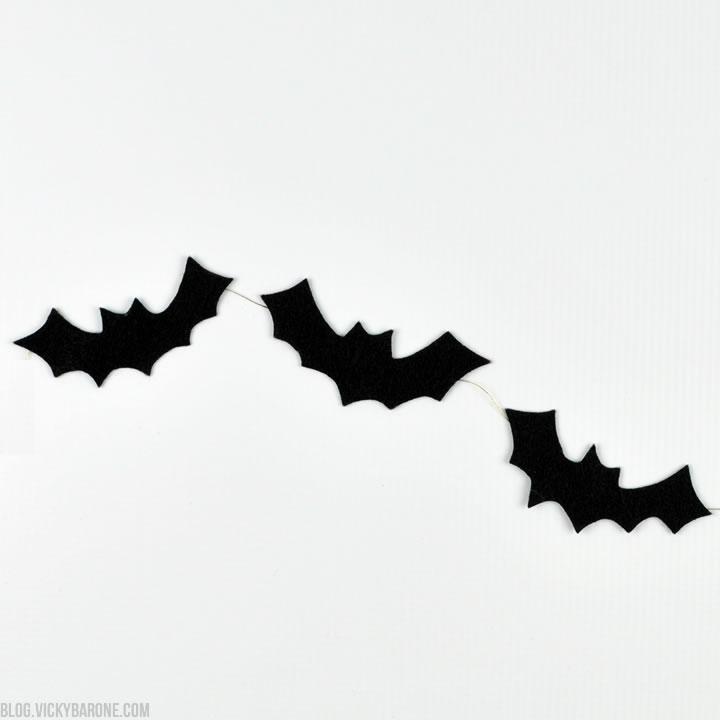DIY No-Sew Felt Bat Garland | Vicky Barone