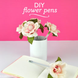 DIY Flower Pens | Back to School Teacher Gifts | Vicky Barone